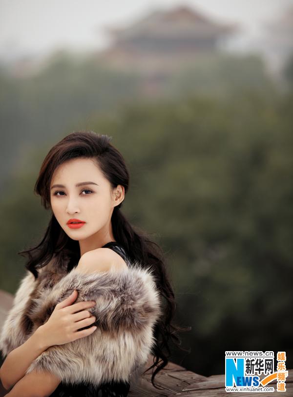 熟女动态_美女黄榕熟女裸命30岁拍大尺度写真