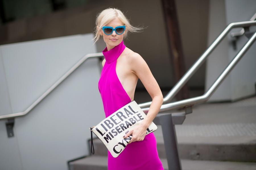 白富美 街拍 时尚/荧光色白富美澳大利亚街拍有看点