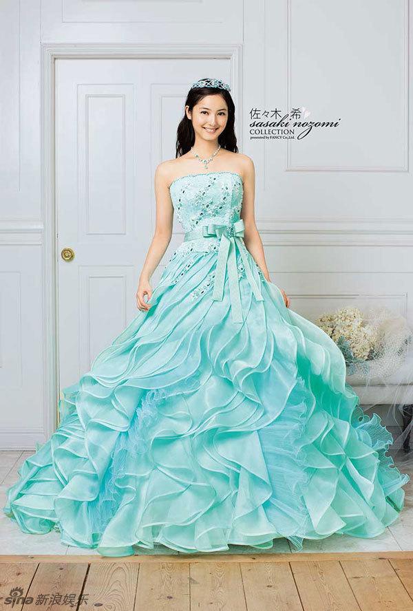 组图:日本最美佐佐木希婚纱写真 新华网上海