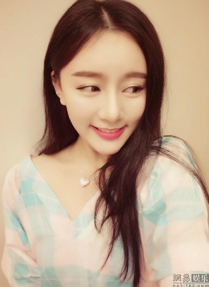 花滑女神颜值秒韩国 最美女教师 新华网上