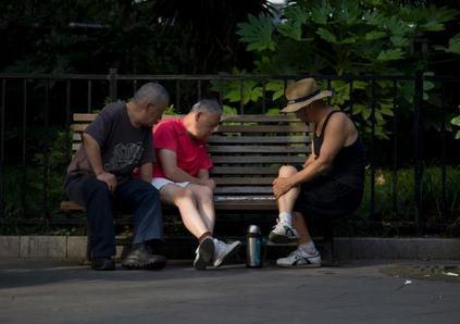 上海老年人口比例首超30% 独生子女父母渐成