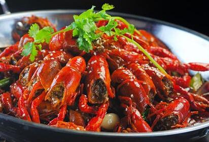 上海小龙虾销售今年走下坡路 寿宁路人气今非昔比