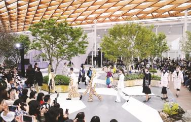 时尚|上海时装周正孕育出一片关于风尚的丰沃土壤
