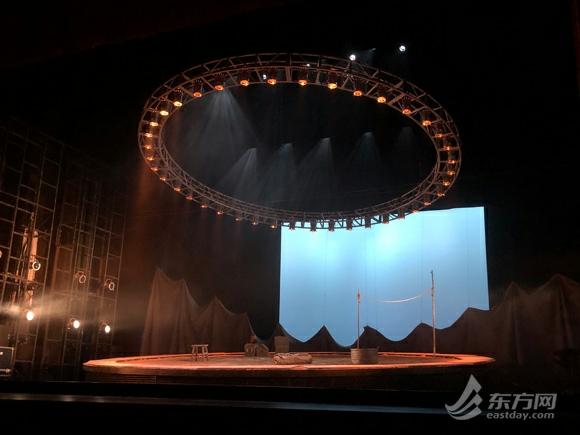 《安魂曲》中文版沪上首演 倪大红:心里扎实才对得起镜头