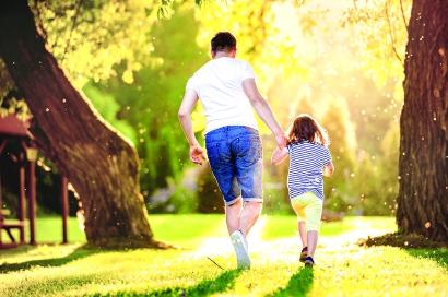 """复学初期,家长要当好孩子的""""心灵工程师"""""""