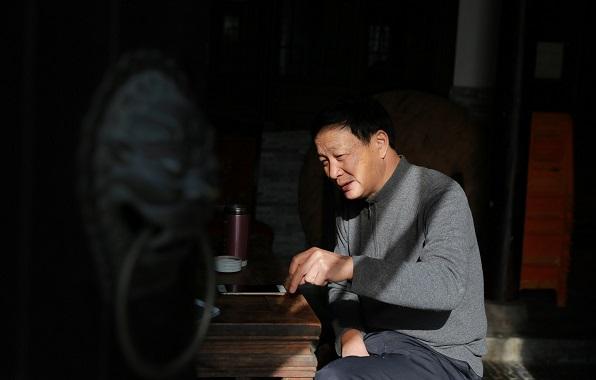 李明福与扣三丝:35年匠心传承上海老味道
