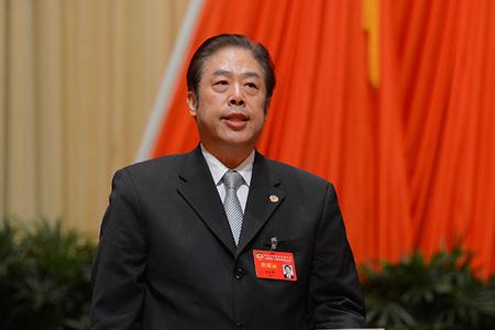 吴志明主持政协上海市十二届五次会议闭幕会