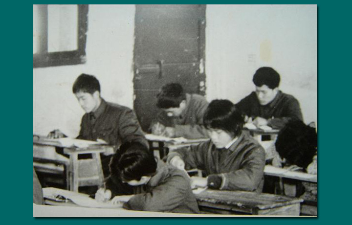 """作家赵丽宏忆40年前高考:圆了童年""""上大学""""的梦"""