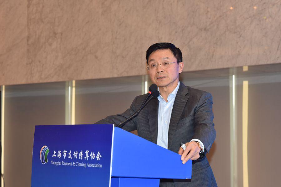 万建华:关注科技服务成为金融科技发展的重要趋势
