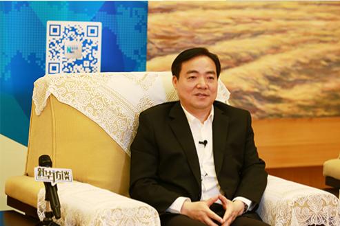 奉贤区委书记庄木弟:助力进博会既要守住安全底线 又要打响东方美谷品牌