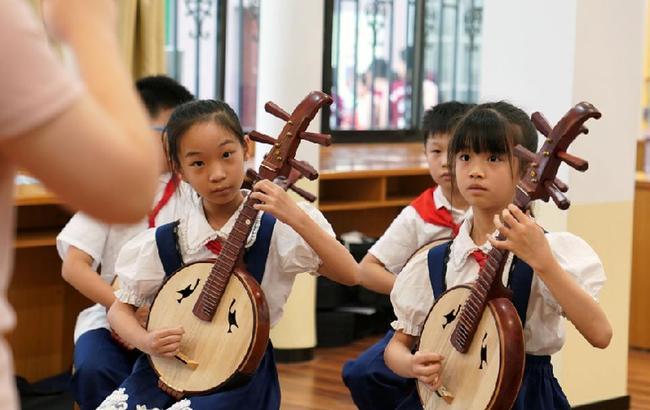 """放学了!上海这所小学开始带娃""""三部曲"""""""