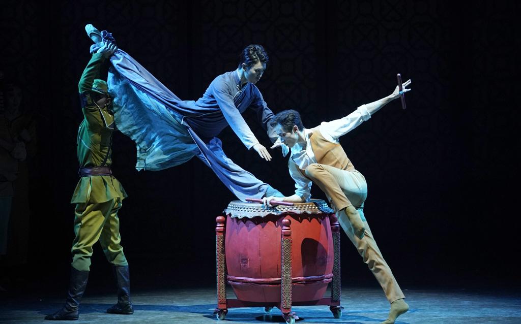 大型民族舞剧《沙湾往事》登陆上海
