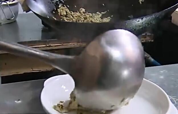 香椿頭有毒?吃前需清洗!