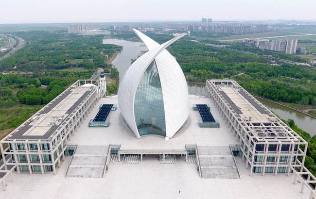 滴水湖畔扬帆起航 航拍中国航海博物馆
