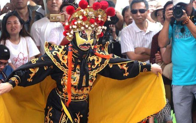 上海举行非物质文化遗产宣传展示活动