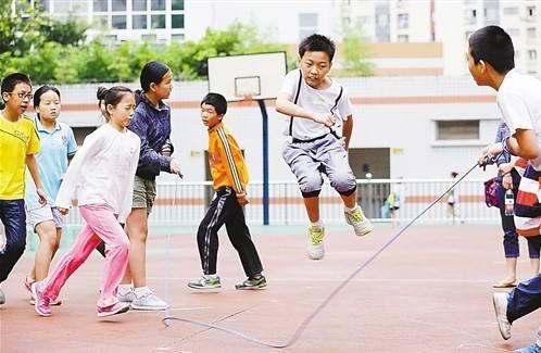 中國學生身高、體重等體格指標 幾乎均高于日本