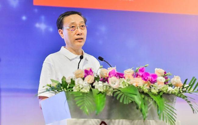 李铭俊:培养具有社会责任感的商业领袖