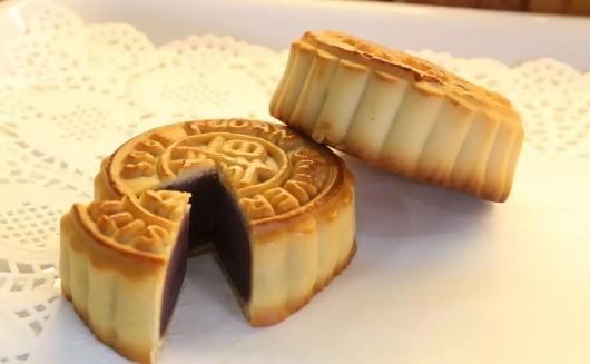 上海13所高校校徽月饼,你爱哪款?