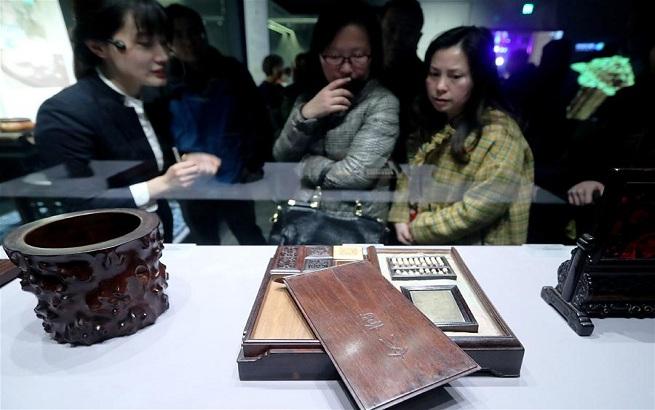 上海举行中国古代文房用具展