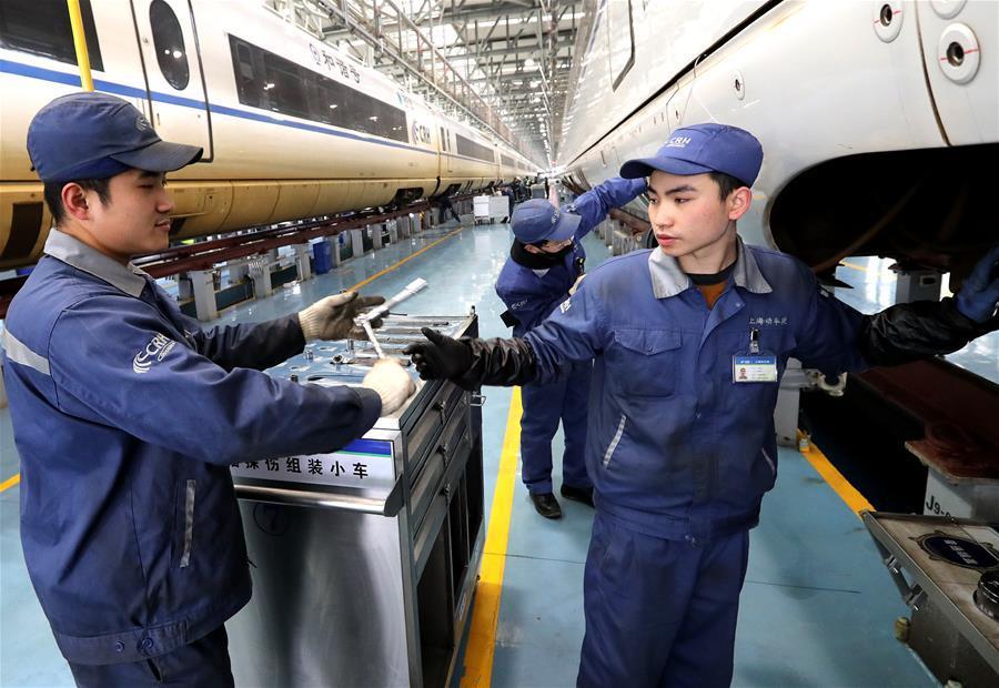 """上海:高铁""""复兴号""""备战迎春运"""