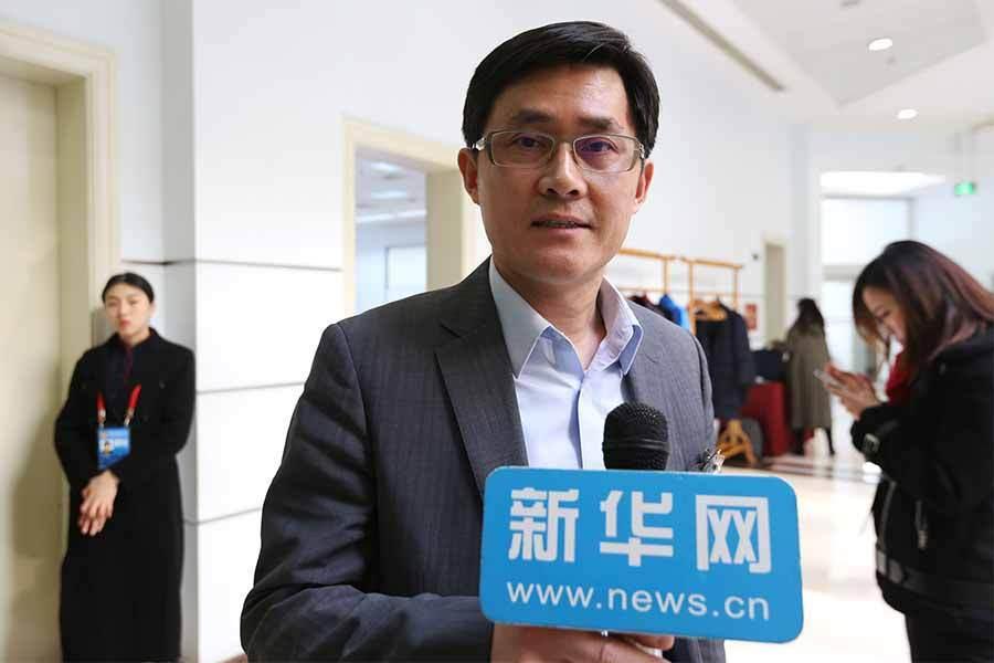王浩委员:建议打造基于同城建设的文化朋友圈