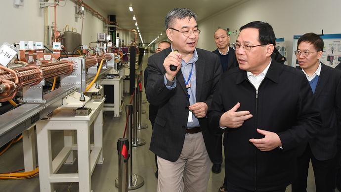 李强书记就加快上海科创中心建设赴张江调研