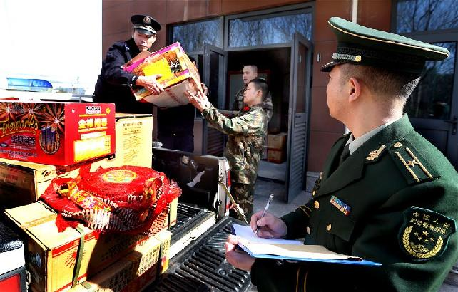 上海严打非法制贩、存储烟花爆竹