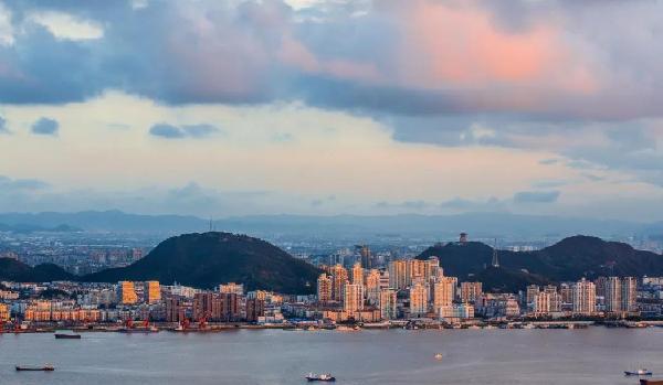 台州:山海水城 和合圣地 制造之都