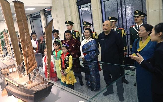 上海历史博物馆迎来可可西里守护者