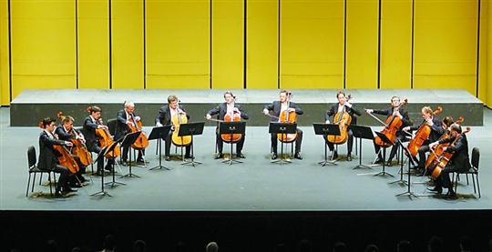 """""""十二把大提琴""""带来高颜值曲目"""