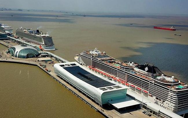 上海吴淞口国际邮轮港新客运大楼试运营