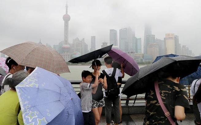 """台风""""温比亚""""在上海登陆"""