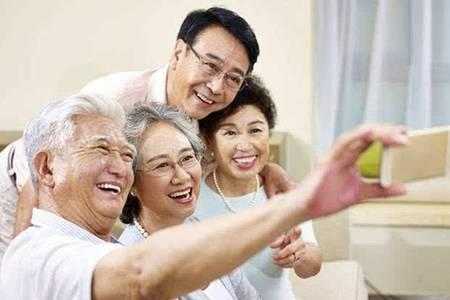 """上海基层探索""""被照顾+被需要""""养老生活新方式"""