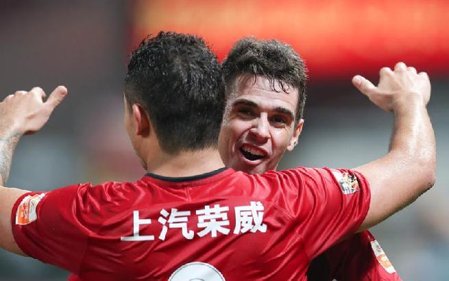 足球——中超:上海上港胜广州恒大淘宝