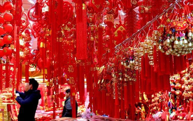 上海豫园:喜庆年货迎新春