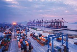 上海去年进出口突破5000亿美元