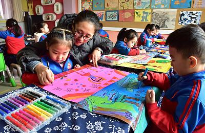 上海首次启用统一系统登记适龄幼儿入园信息