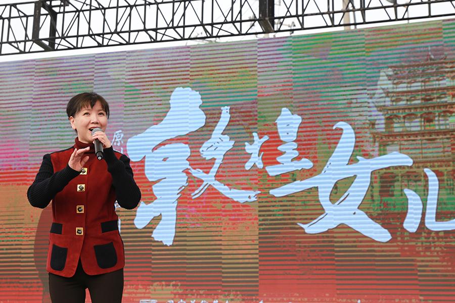 上海滬劇院院長茅善玉現場演唱滬劇《敦煌女兒》