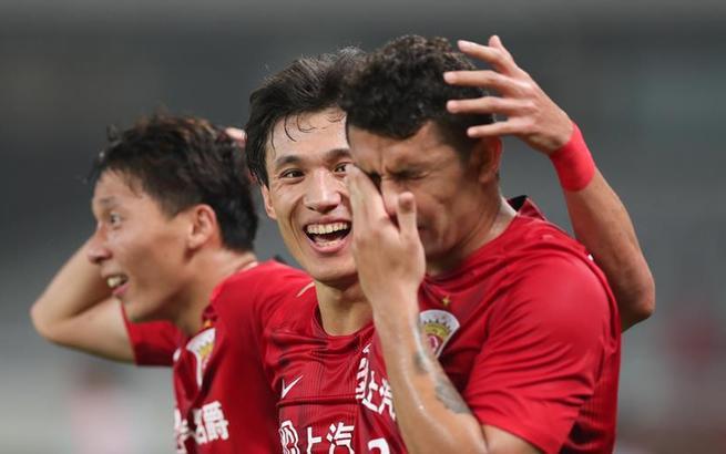 足球——亚冠:上海上港平悉尼FC