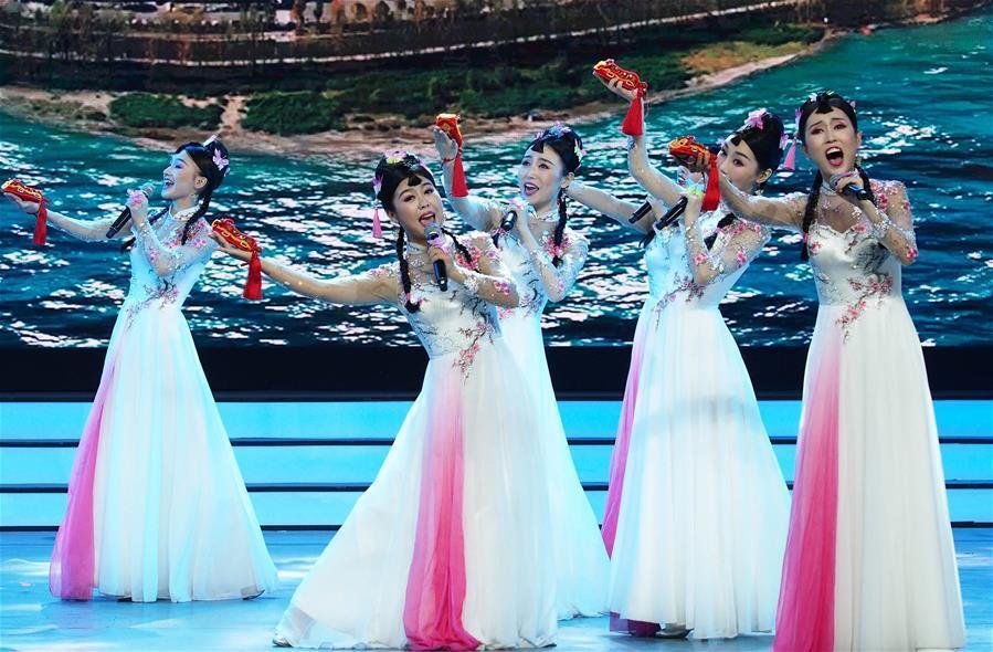 第十八届群星奖颁奖晚会在上海举行