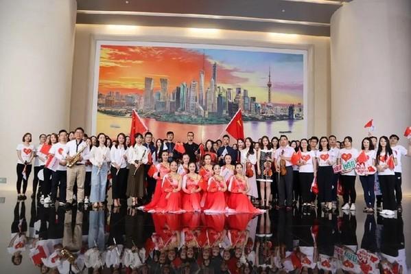 农行上海市分行发布快闪视频《我和我的祖国》