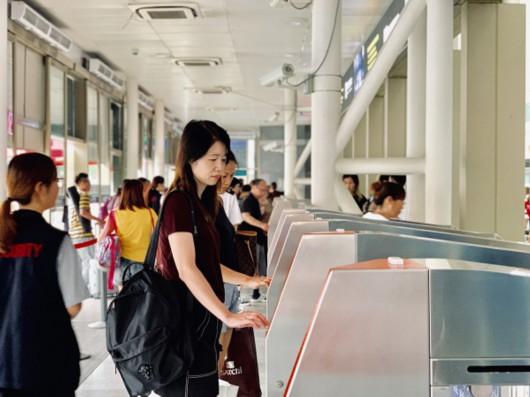 暑運過半長三角鐵路客發量達6870萬人次 創新高
