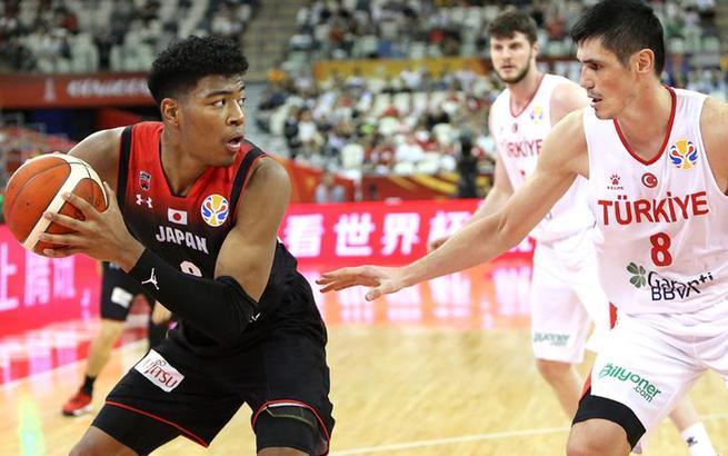 篮球世界杯小组赛:土耳其队胜日本队