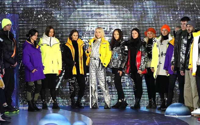 波司登在沪举行2019秋冬时装新品发布会