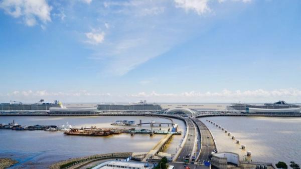 中国邮轮旅游发展示范区在沪揭牌 推进邮轮经济高质量发展