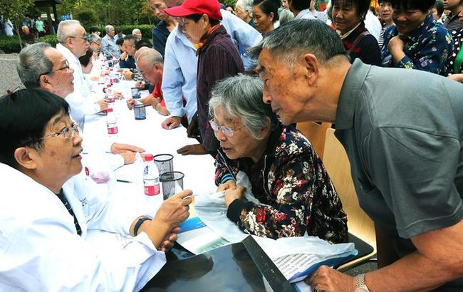 上海:义诊活动 服务百姓