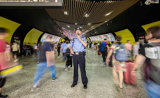 """朱义强:""""绣花式""""精细管理,温暖这座五星车站"""
