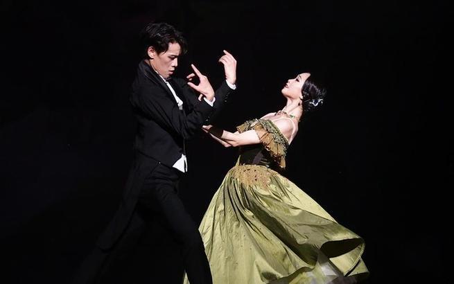 上芭版芭蕾舞剧《茶花女》在沪上演