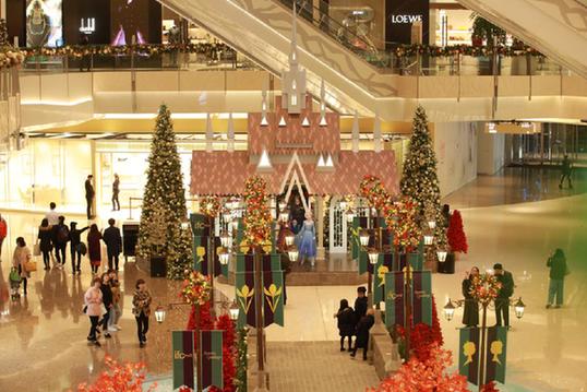 """艾莎W彩票网如何开户登入安娜……""""冰雪奇缘""""空降上海开启圣诞之旅"""