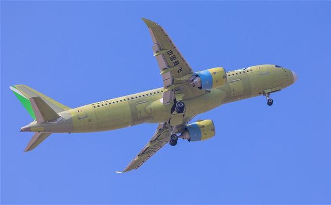 """C919大型客机106架机首飞成功 正式进入""""6机4地""""大强度试飞阶段"""